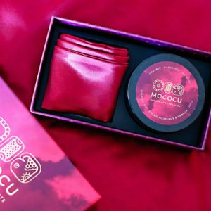 chocolate dip and blindfold gift box