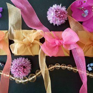 bespoke chocolate wedding favours