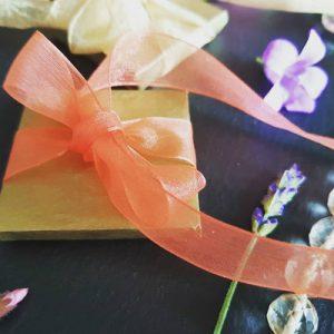 handmade chocolate wedding favours