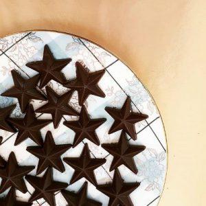 raw chocolate stars